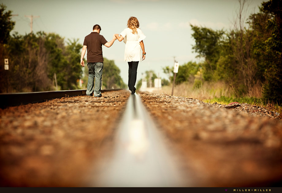 Awesome Engagement Images Chicagoland Pics Tracks