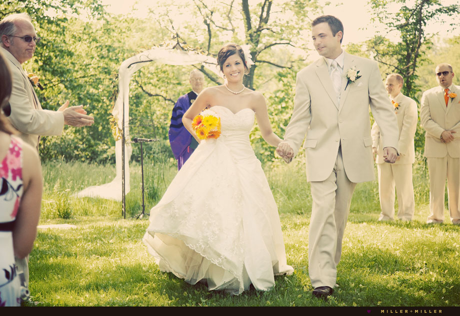 beautiful photojournalistic wedding photography sugar grove il