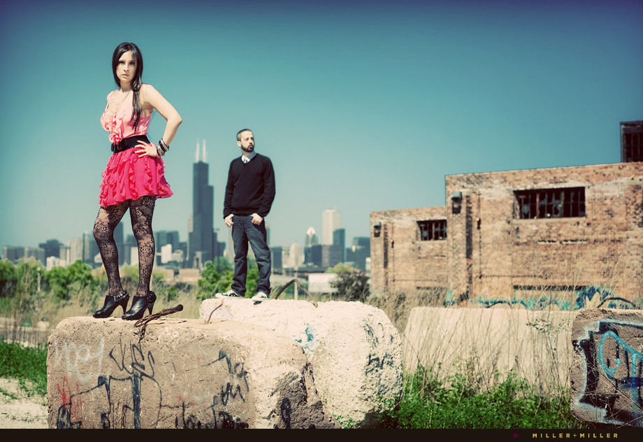 grungy chicago skyline modeling engagement