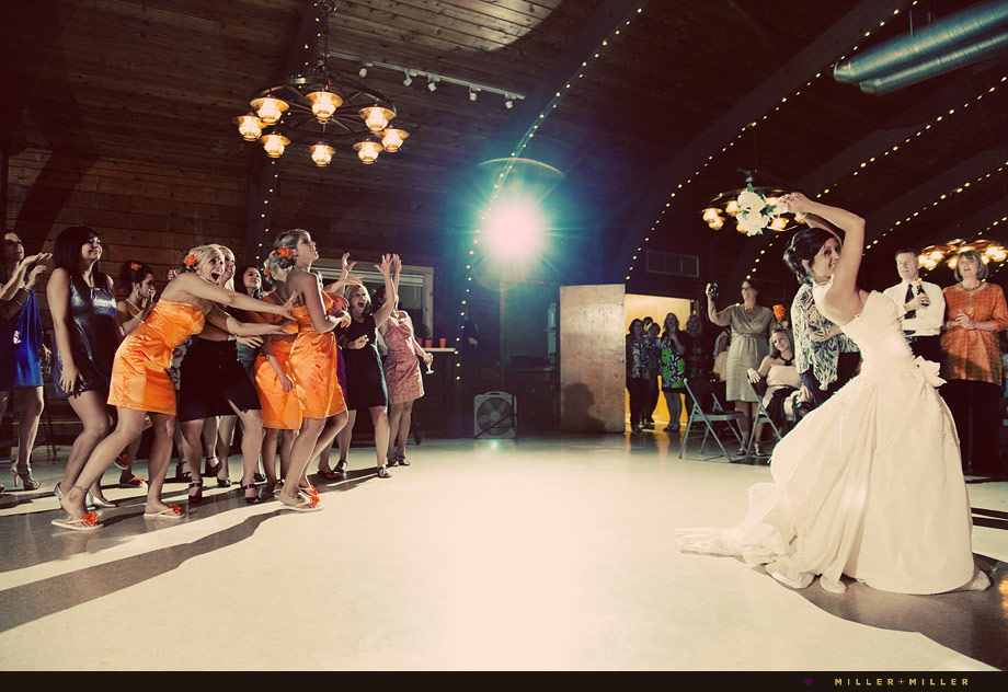 illinois barn wedding reception photographs