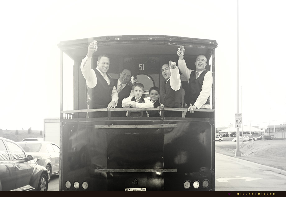 Chicago trolley wedding photos
