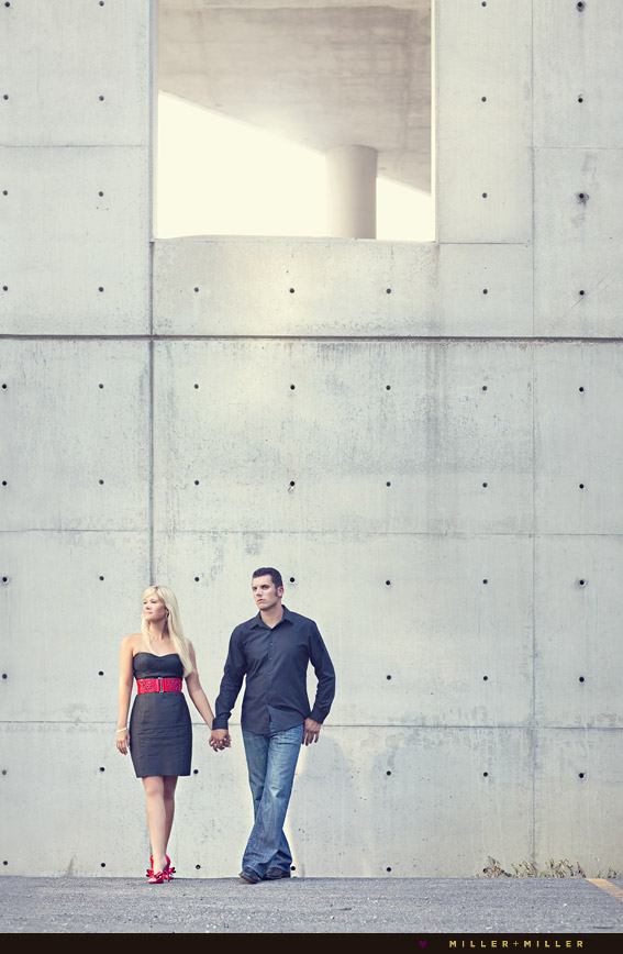 chic edgy engagement pictures chicago