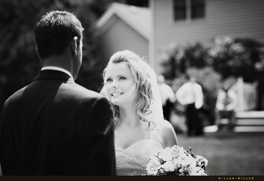 awesome black white wedding photographer
