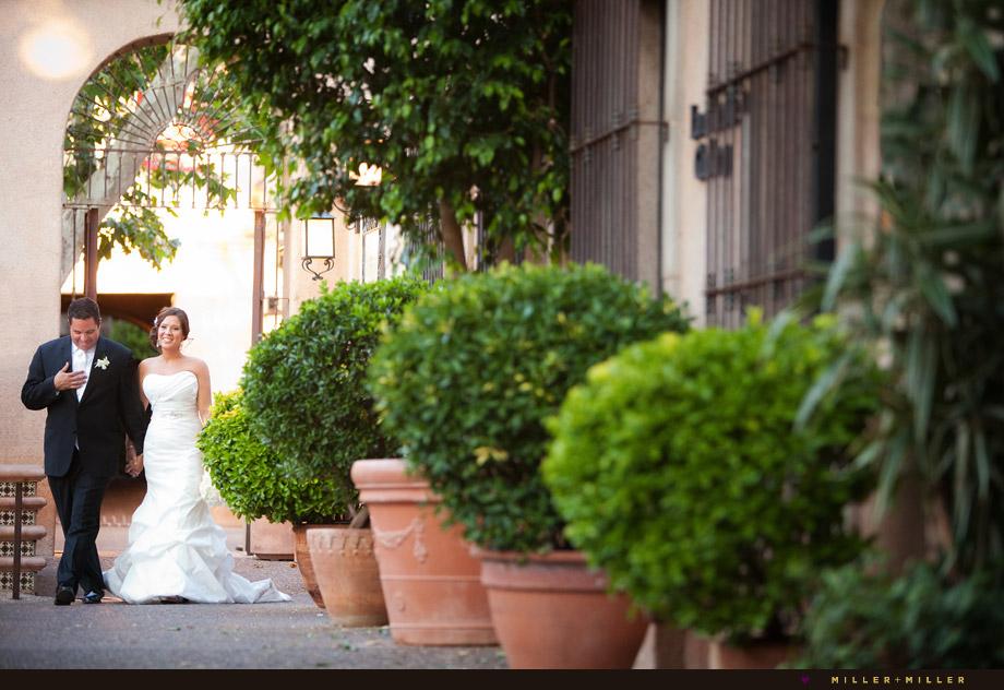 modern Phoenix wedding photographer