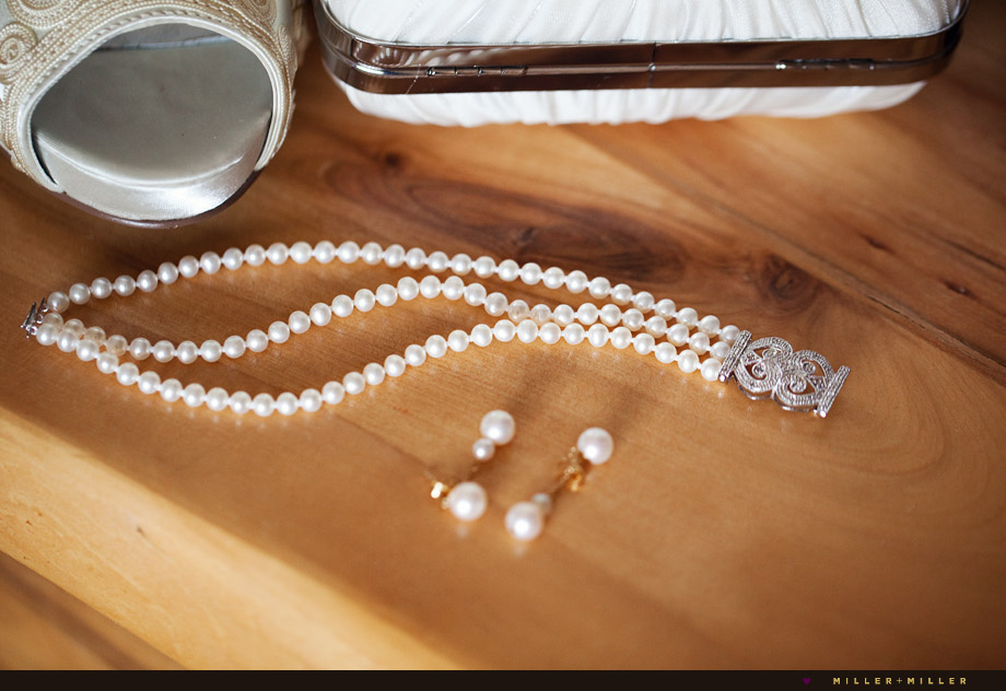 luxurious modern wedding pictures white pearls