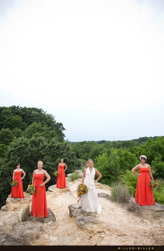 modern illinois outdoor bridal portraits