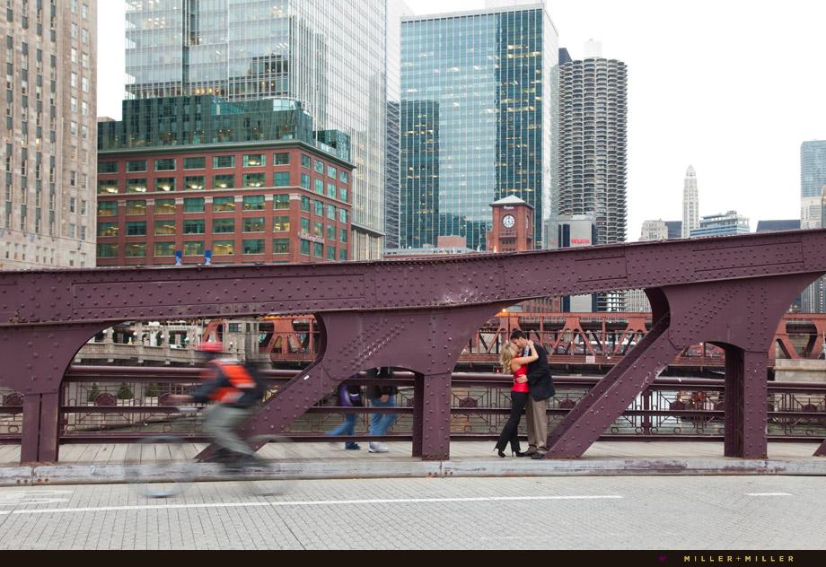 kissing river north loop bridge