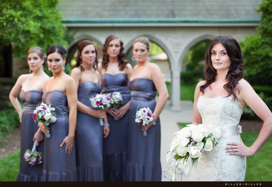 modern wedding photos bride bridemaids