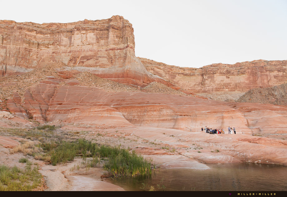 Lake Powell wedding outdoor ceremony