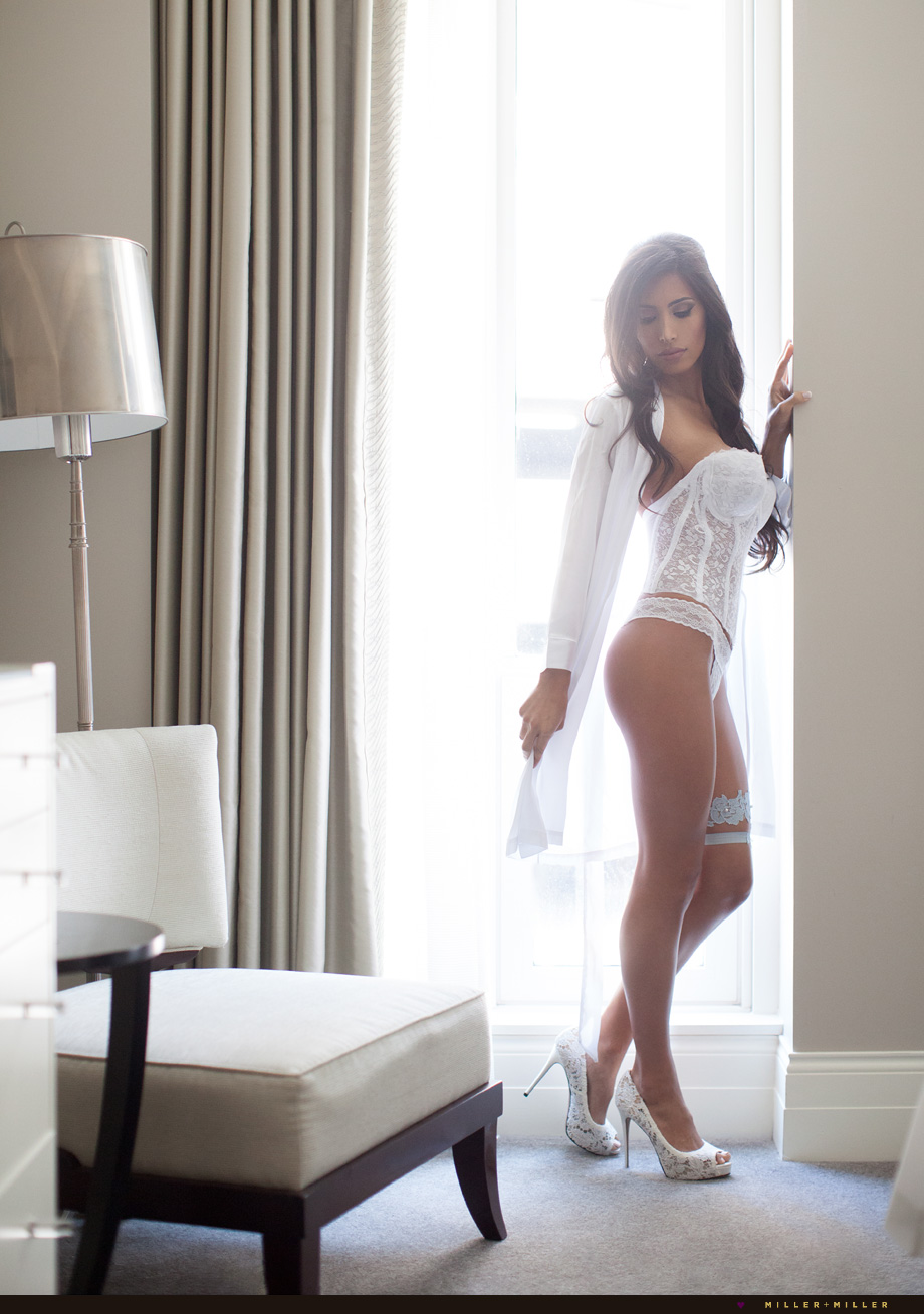 Chicago boudoir photographer bride lace lingerie robe