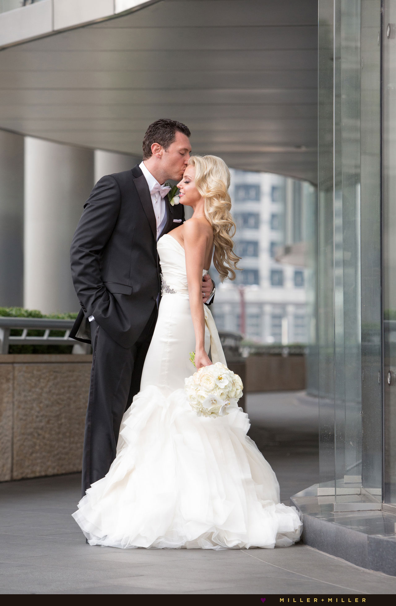 Chicago Trump hotel wedding photography