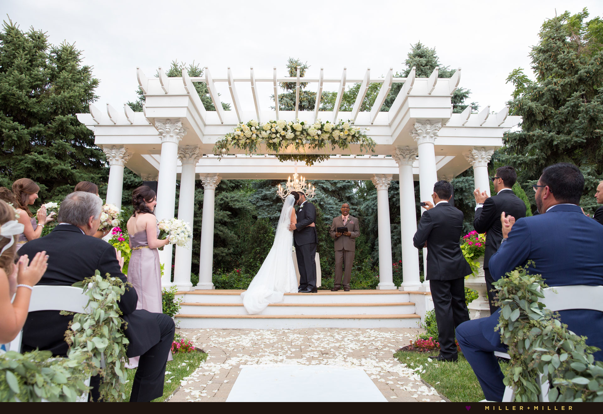 Outdoor Wedding Ceremony: Chicago Wedding Photographers