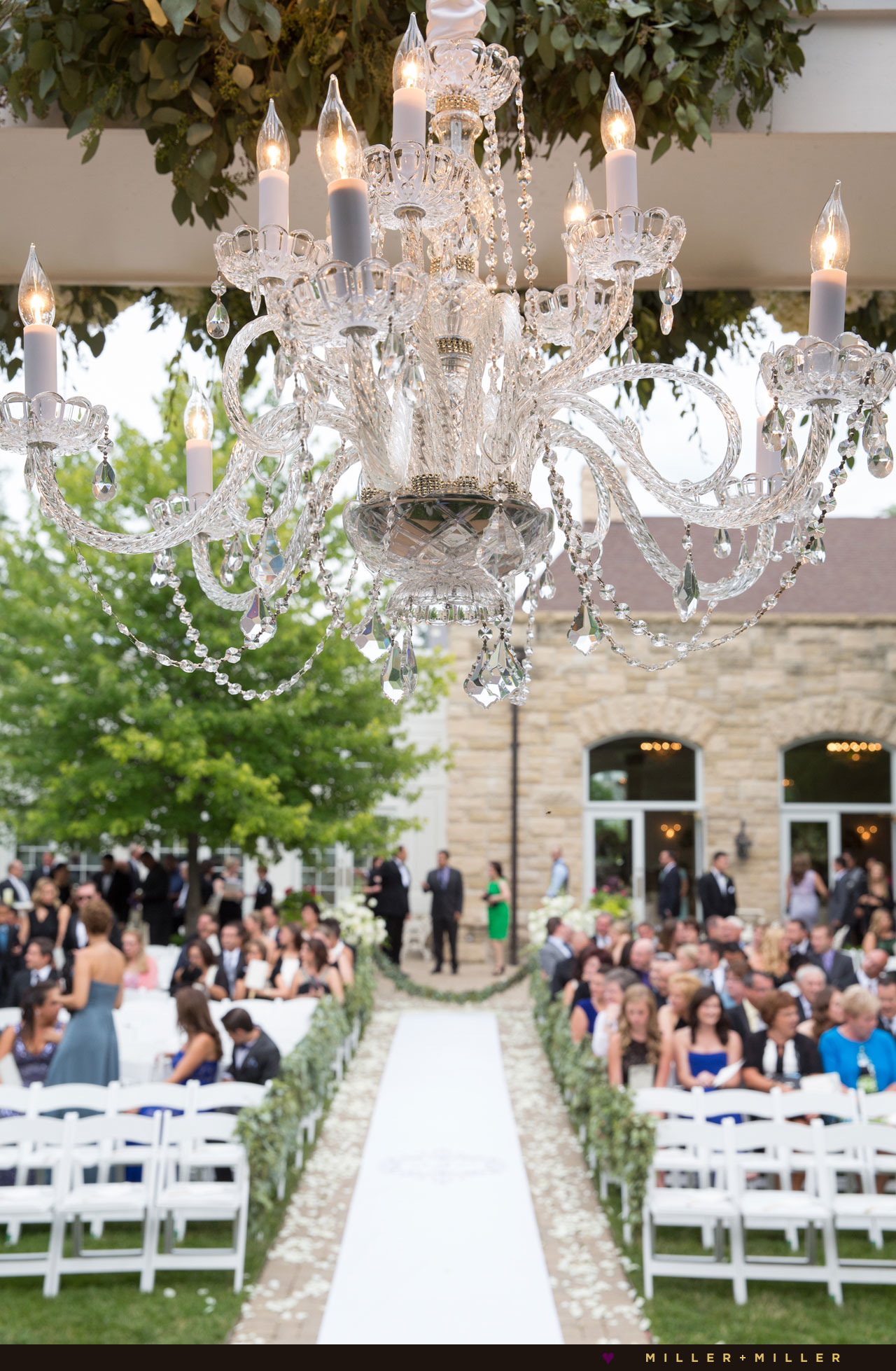 luxury Chicago outdoor garden ceremony