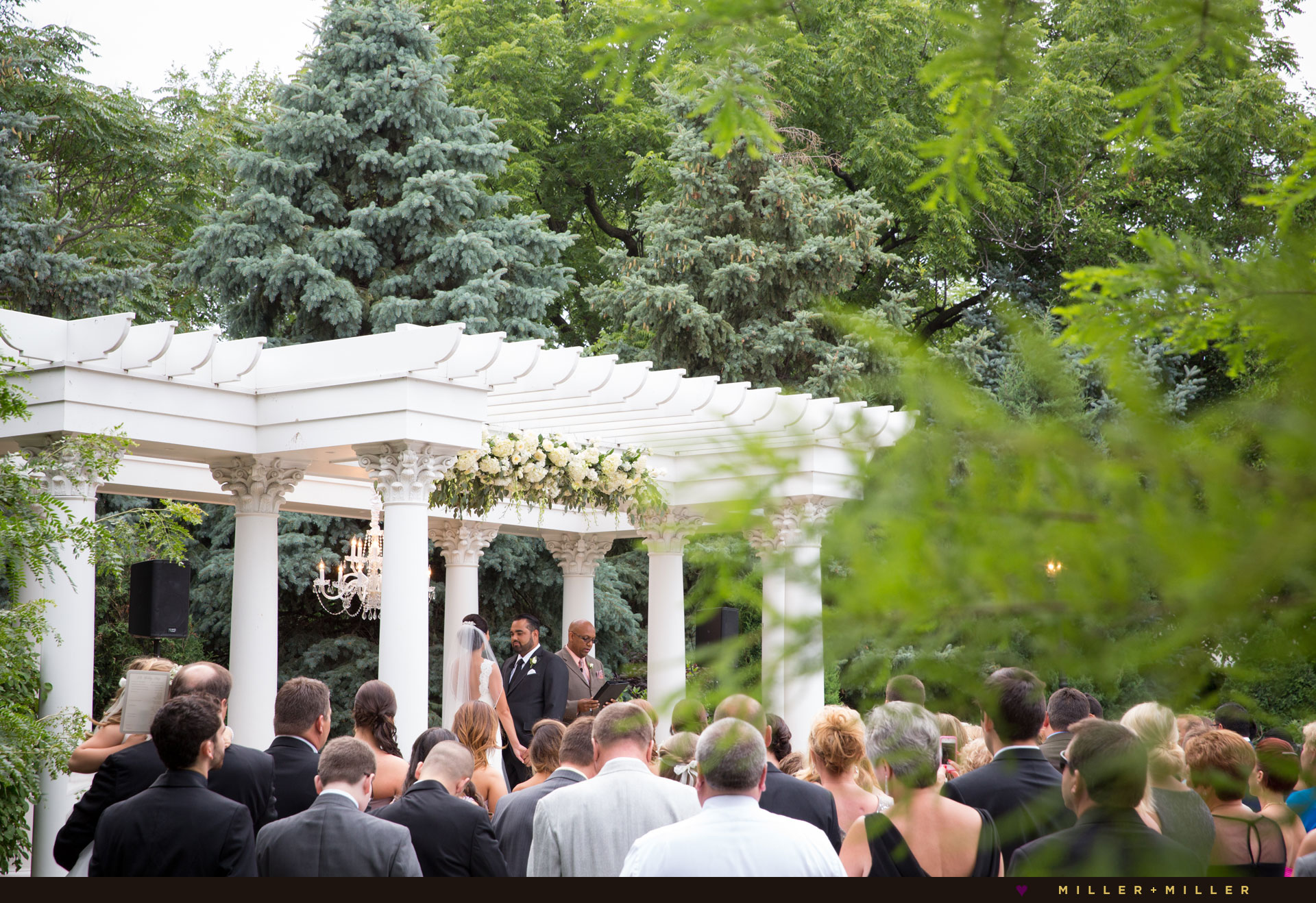 luxury garden wedding Chicago photographer