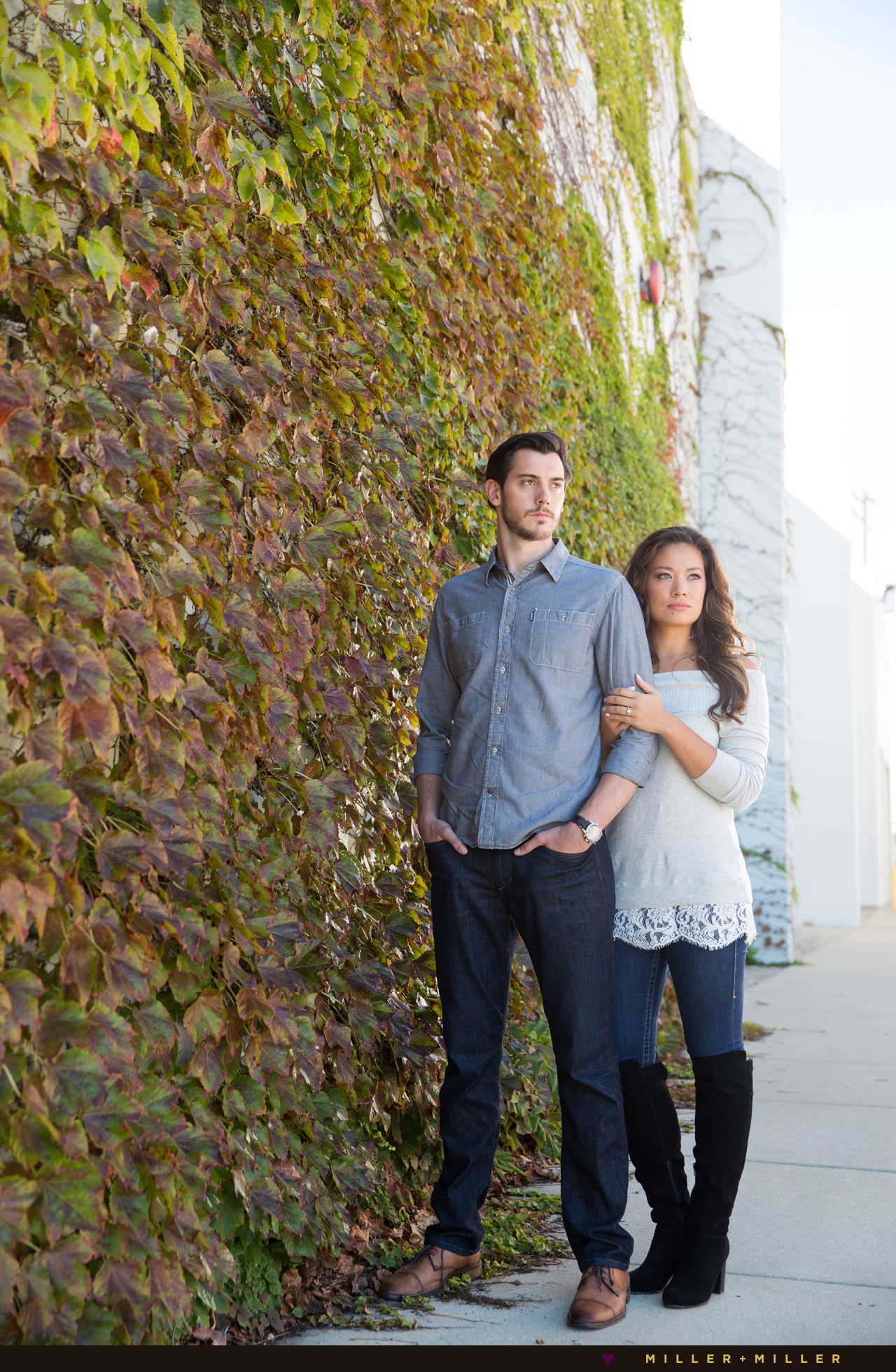 modern-engagement-photos
