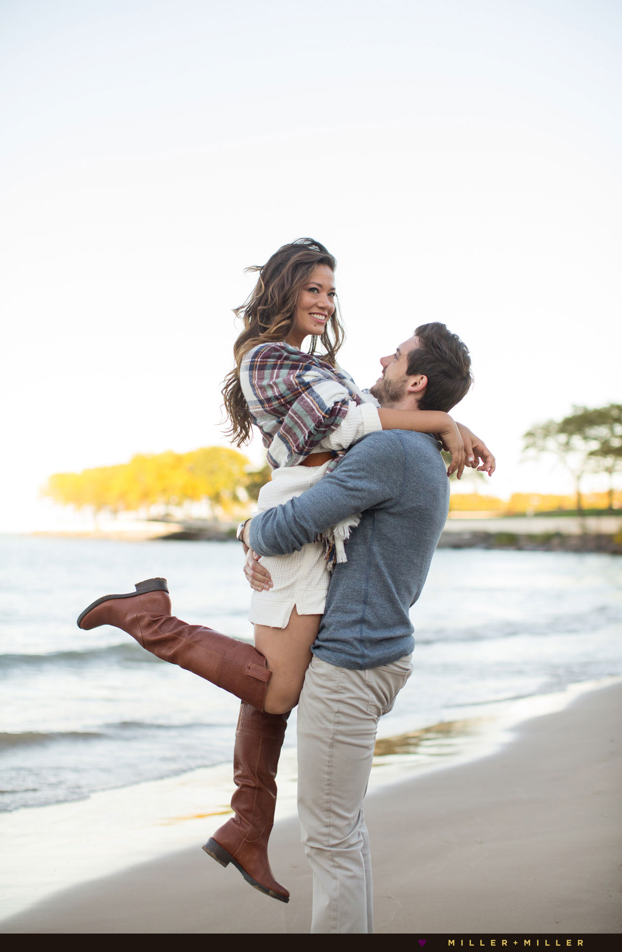 olive-park-ohio-street-beach-engagement-portraits