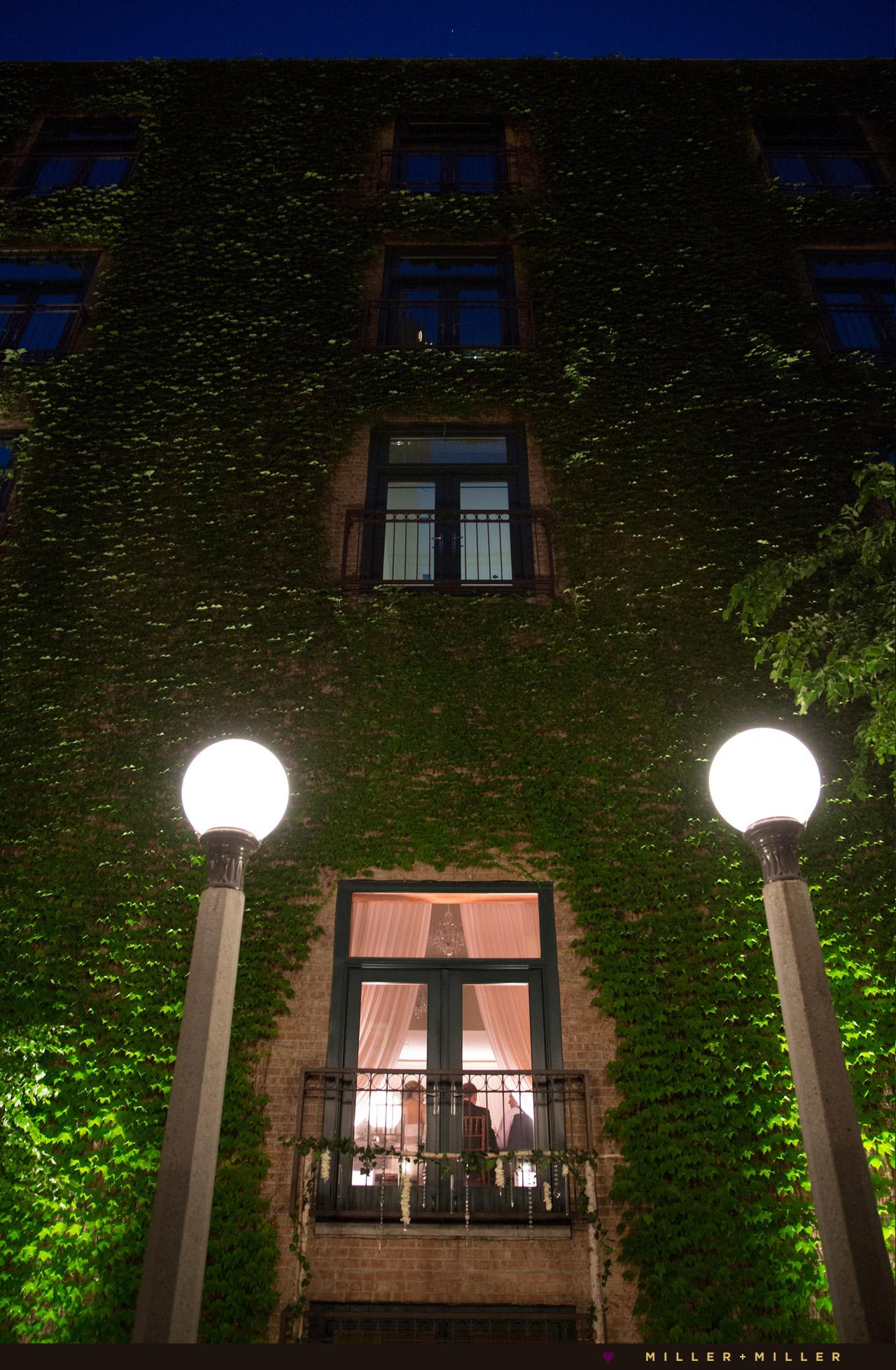 Ivy courtyard Chicago wedding