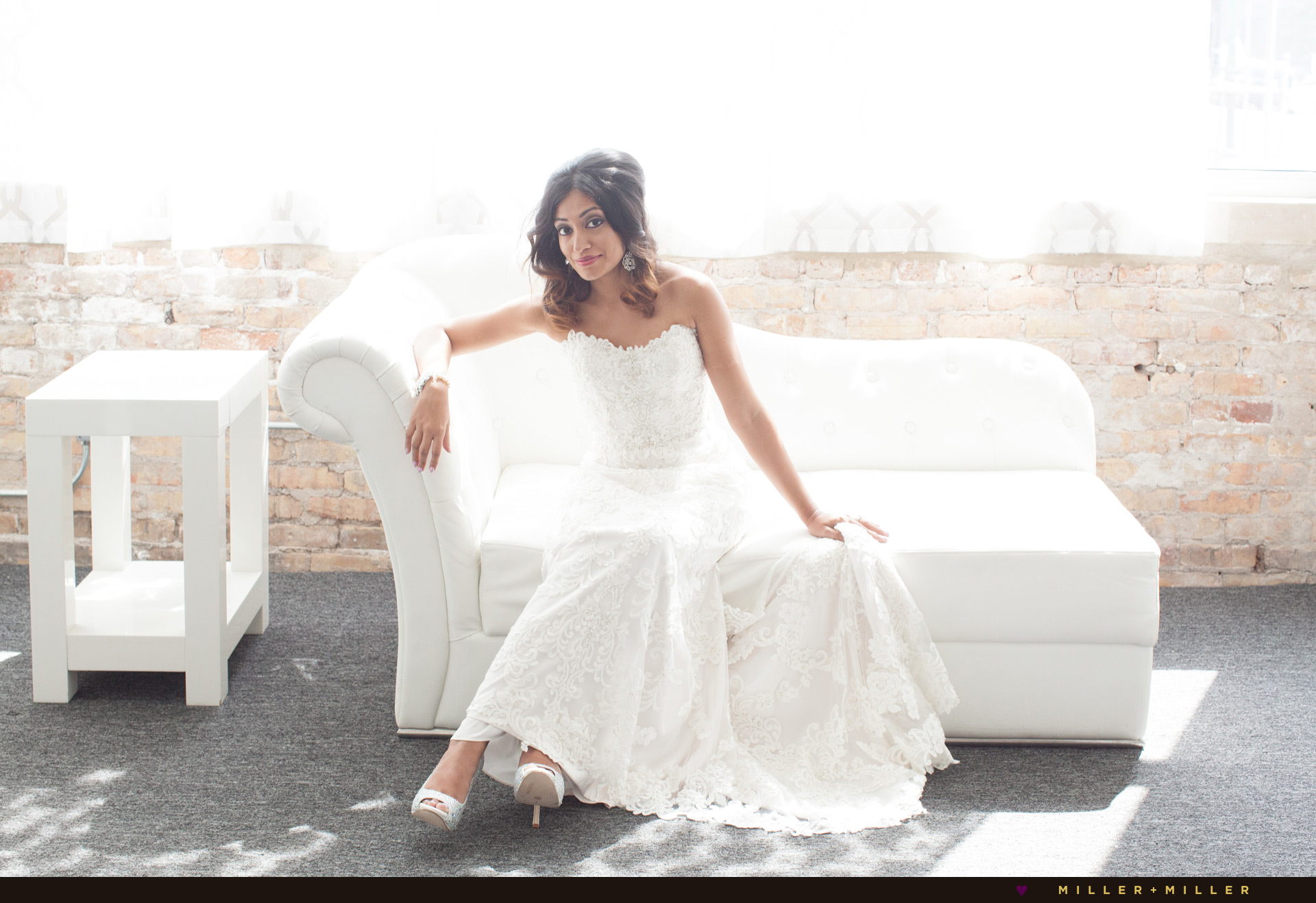 chicago-white-loft-wedding-pictures
