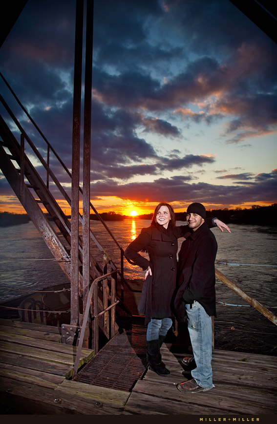 sunset couple portraits illinois