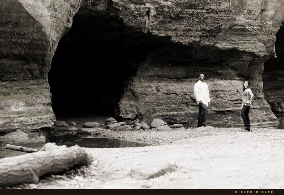 cave canyons engagement portraits illinois