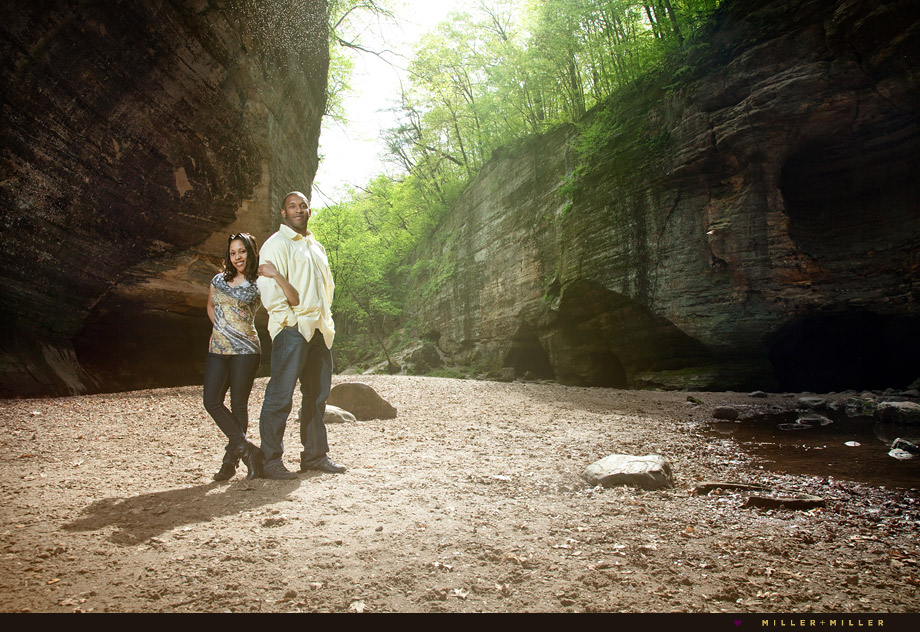 chicagoland starved rock canyon engagement photography