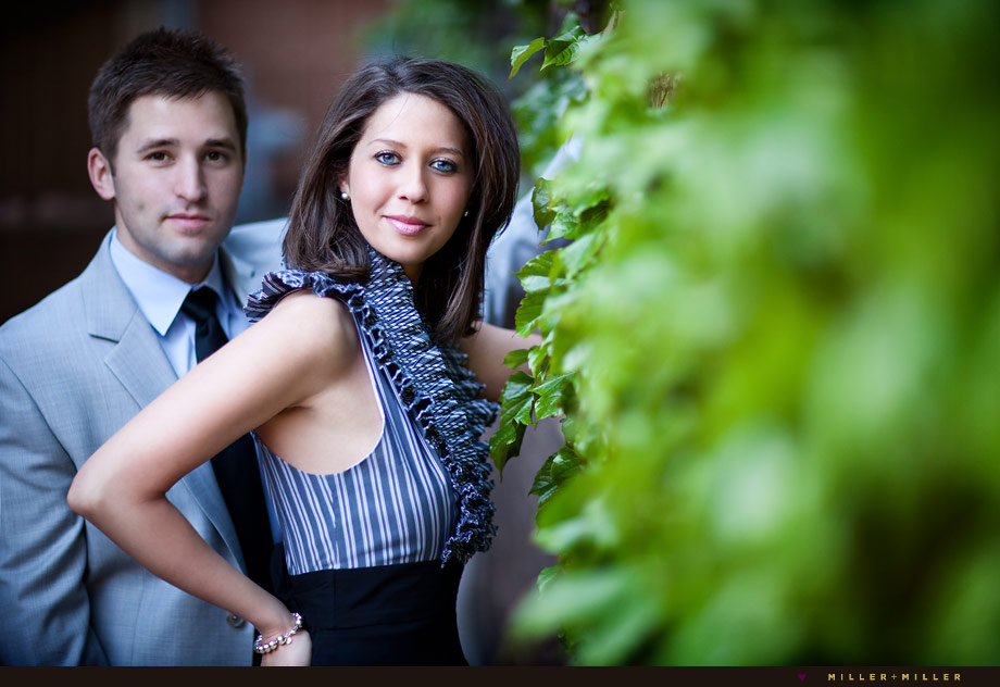 ivy alley downtown naperville engagement pics