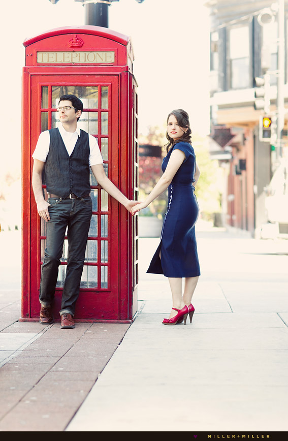 stunning vintage -engagement couple photographs urban chicago