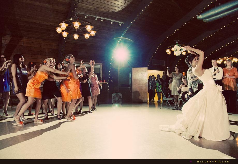 illinois barn wedding reception photographs