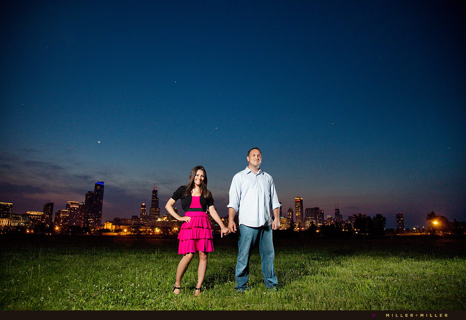 modern engagement photographer chicago skyline