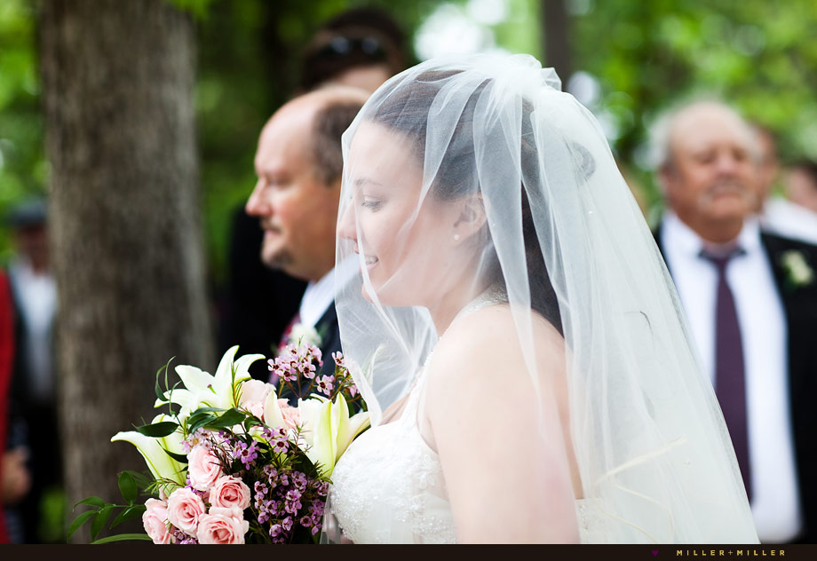 bride veil beautiful photography illinois