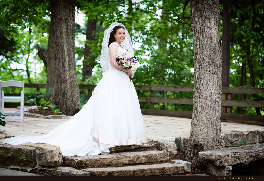 starved rock wedding bride