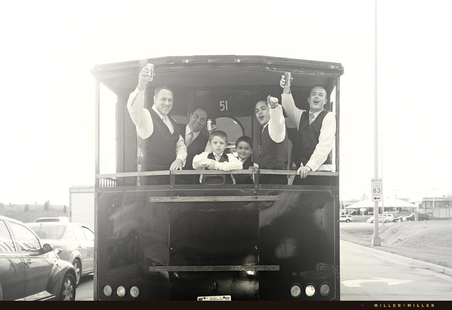 Chicago trolley wedding photos
