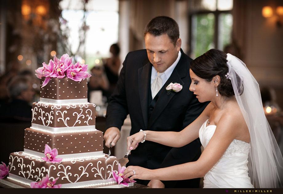 oak mill bakery wedding cake