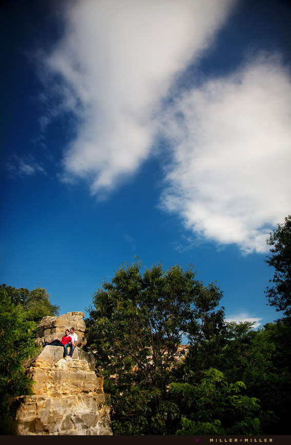 starved rock engagement cliff