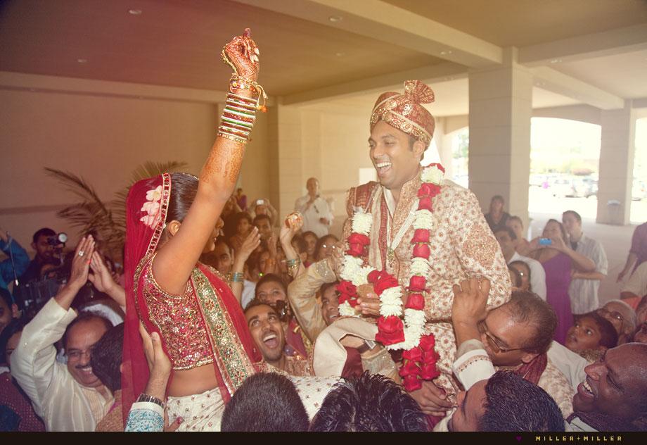 chicago indian bride garlands groom