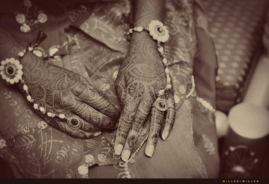 henna hands mehndi
