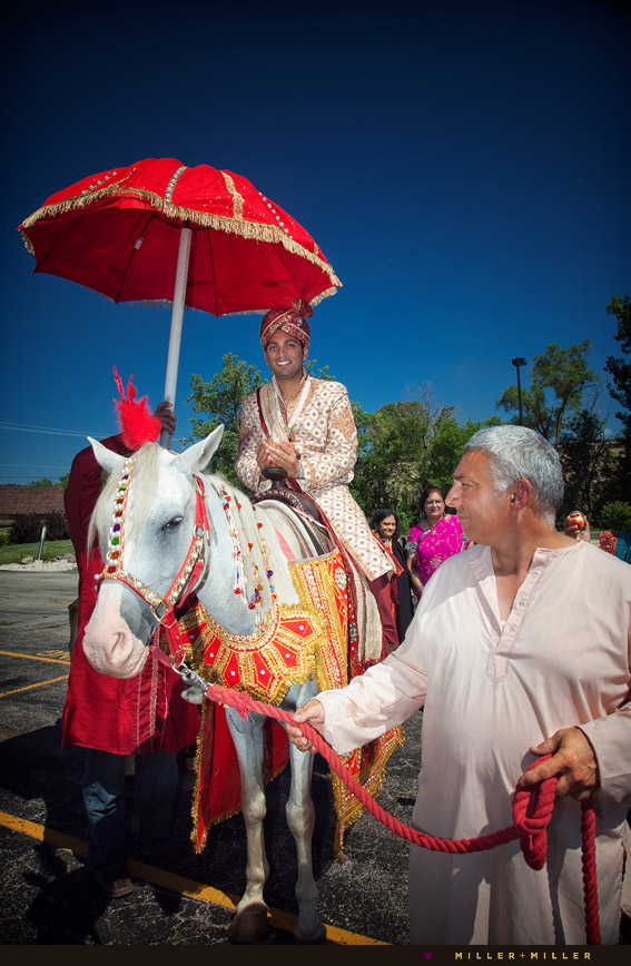 indian groom horse ceremony