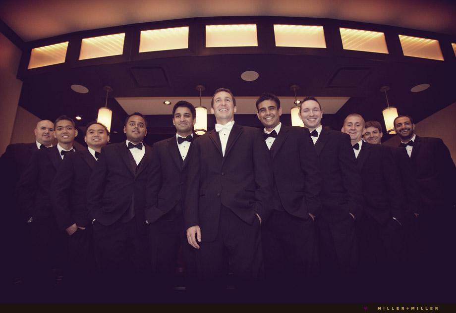 modern wedding groomsmen pictures