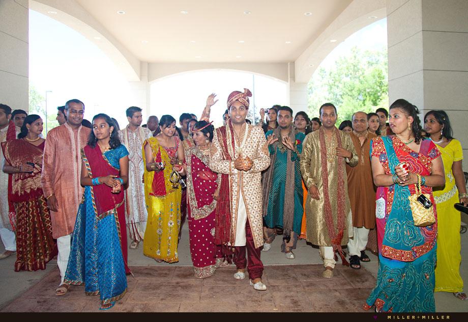 outdoor chicago indian wedding