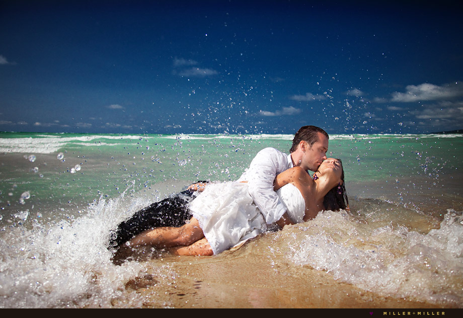 Amazing Beach Wedding Portrait Chicago Photo