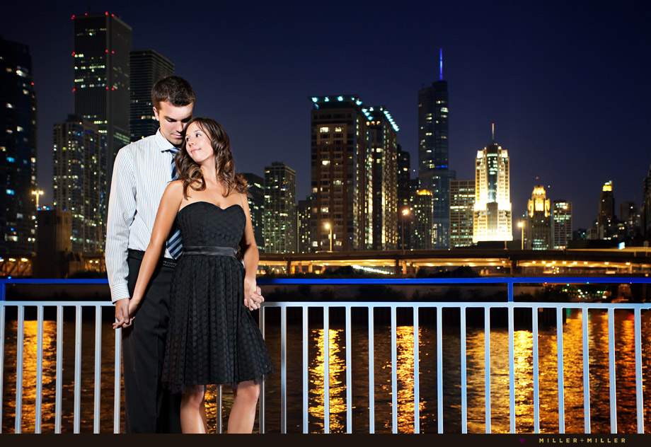 engagement pictures chicago night skyline