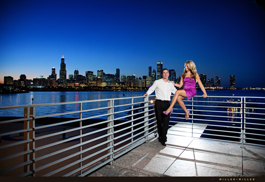 night engagement photography chicago skyline