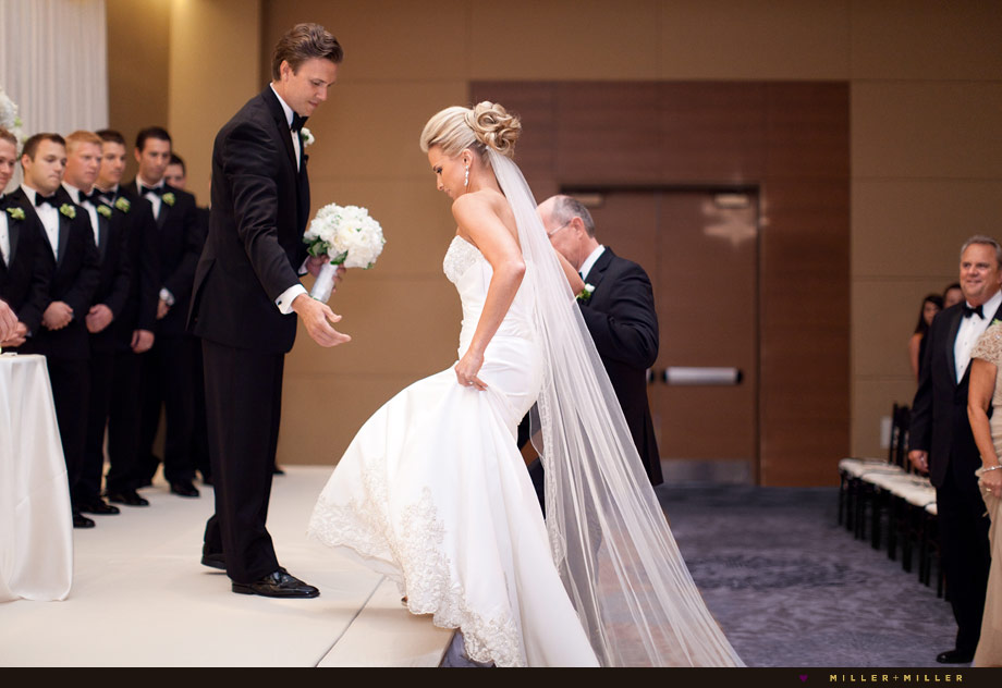 hotel wedding ceremony schaumburg photographer