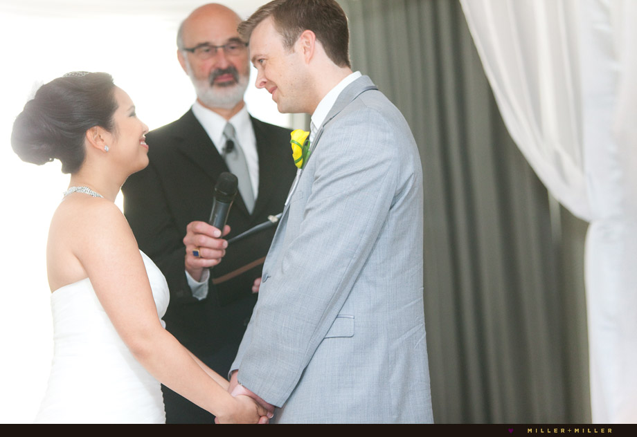 candid ceremony pictures