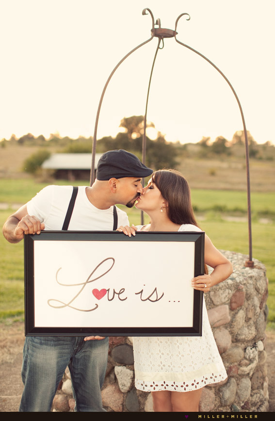couple kissing love frame