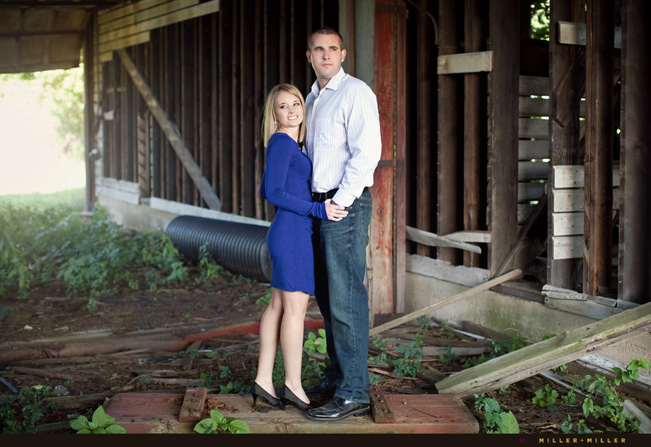 country barn couple portraits