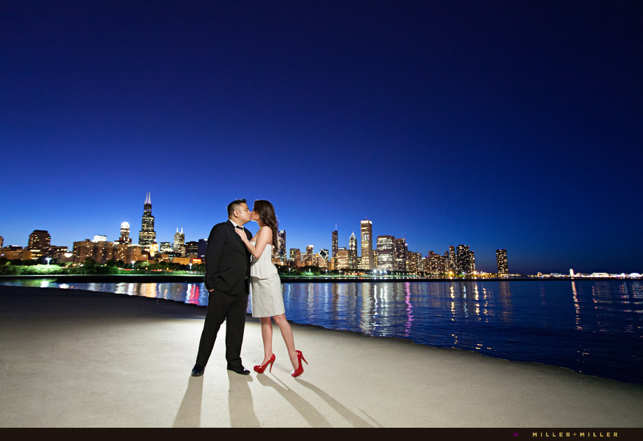 chicago skyline kiss