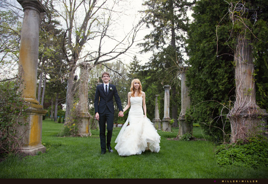 outdoor wedding ceremony cuneo mansion