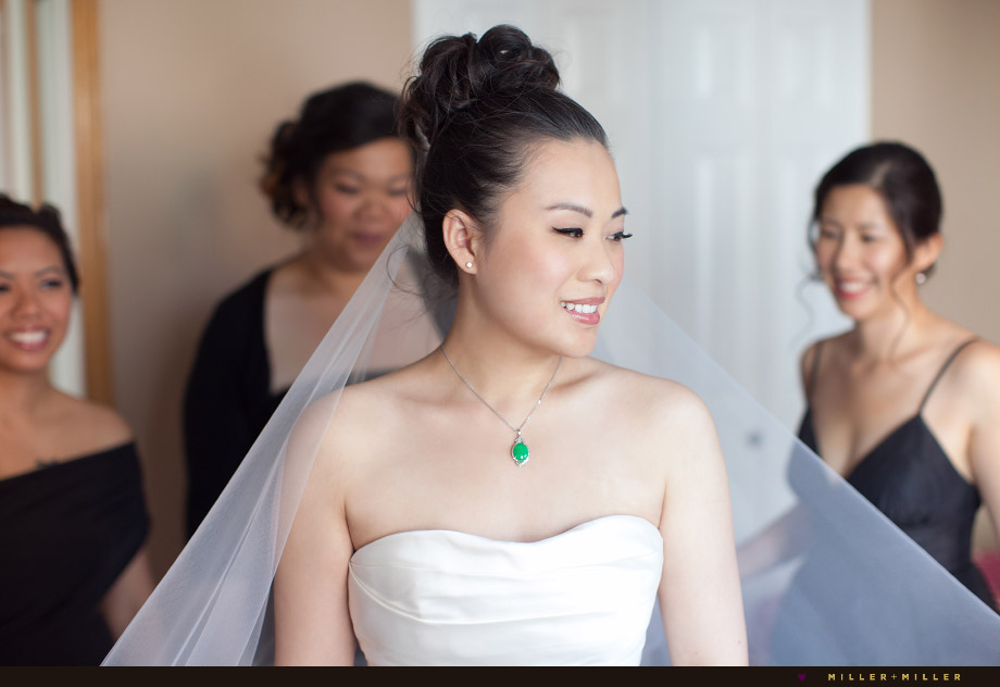 bride wearing chinese green jade necklace