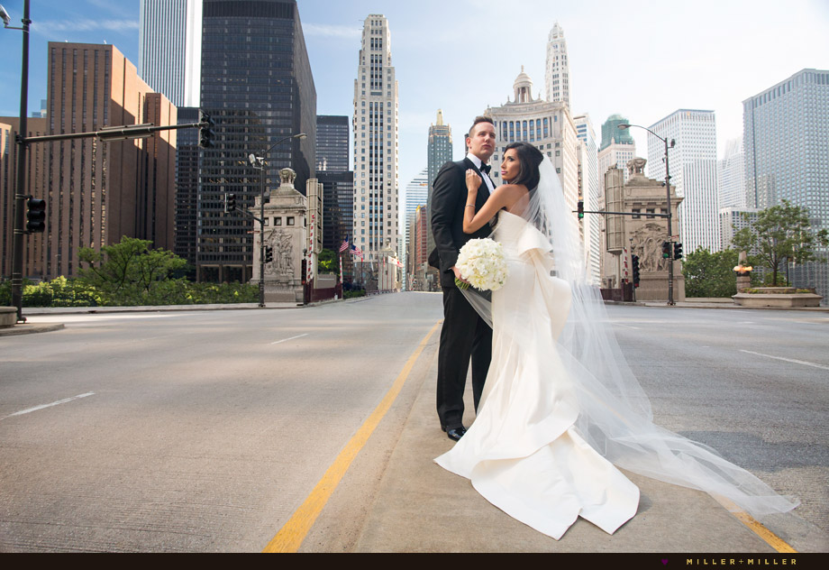wedding photos middle of Michigan avenue sunset